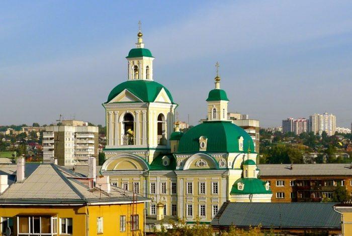 blagoveshchenskaya-tserkov-700x470