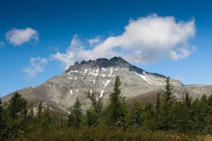 gora-manaraga-700x466