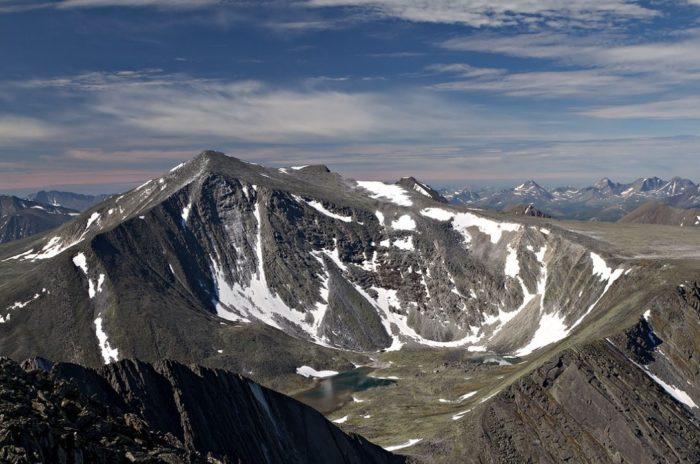 gora-narodnaya-700x464