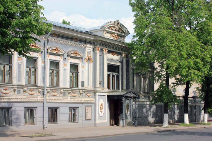 literaturnyy-muzey-imeni-gorkogo-700x467
