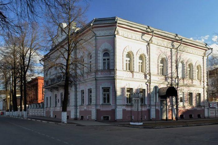 muzey-istorii-goroda-yaroslavlya-700x468