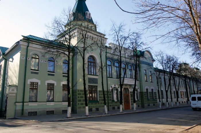 natsionalnyy-muzey-respubliki-bashkortostan-700x466