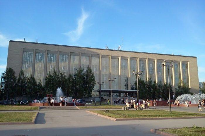 nauchno-tekhnicheskaya-biblioteka-so-ran-700x465
