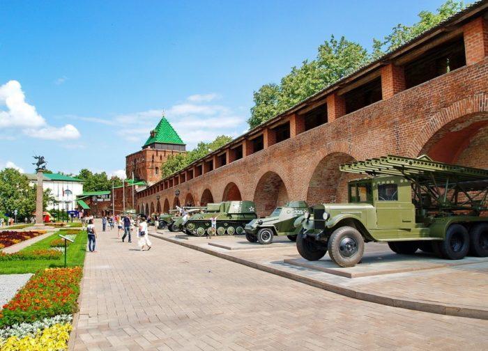 nizhegorodskiy-kreml-700x504