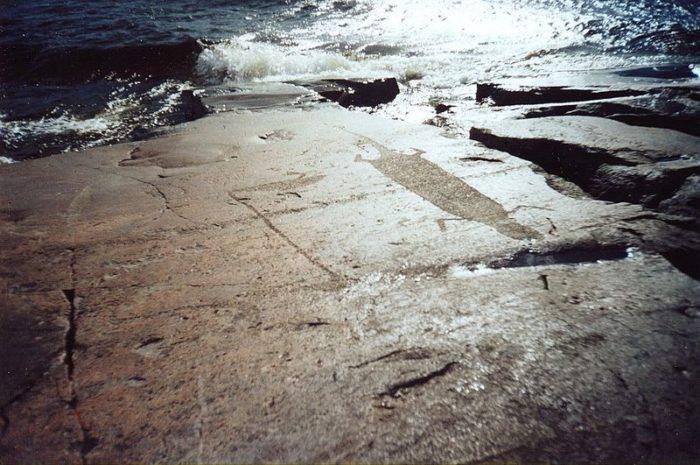 onezhskie-petroglify-1-700x465