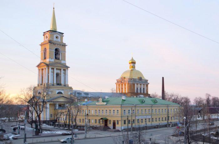 permskaya-gosudarstvennaya-hudozhestvennaya-galereya-700x459