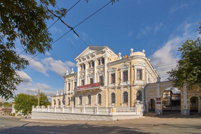 permskij-kraevedcheskij-muzej-700x467