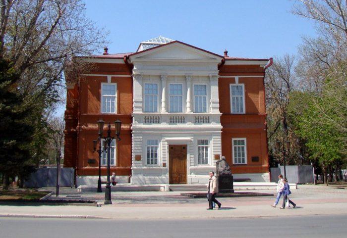 saratovskiy-khudozhestvennyy-muzey-imeni-radishcheva-700x481