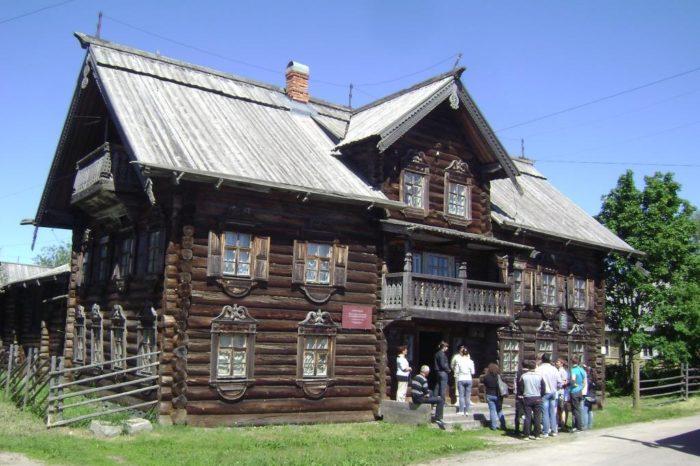 sheltozerskiy-vepsskiy-etnograficheskiy-muzey-700x466