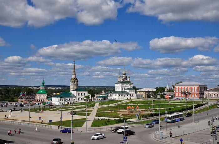 sobornaya-ploshchad-v-solikamske-700x462