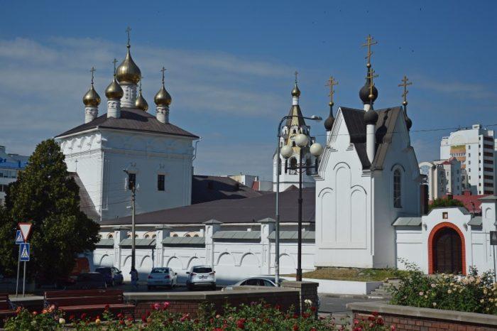 uspensko-nikolaevskij-sobor-700x466