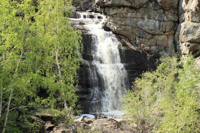 vodopad-gadelsha-700x467