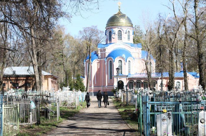 voskresenskiy-nekropol-700x463