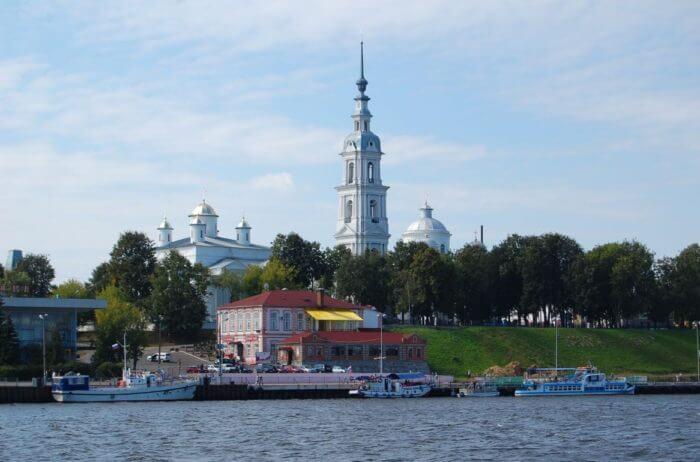 istoricheskij-centr-kineshmy-700x462