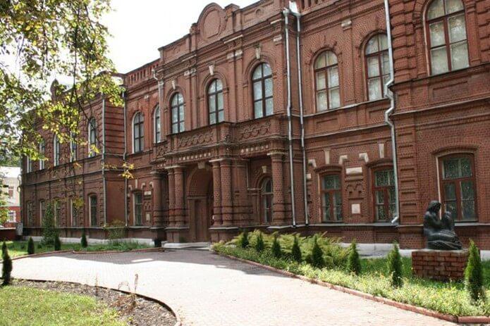 ivanovskij-oblastnoj-hudozhestvennyj-muzej