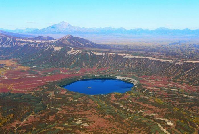 kaldera-vulkana-uzon-700x472