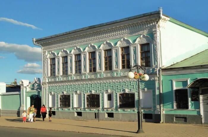 kraevedcheskij-kompleks-elabugi-700x461