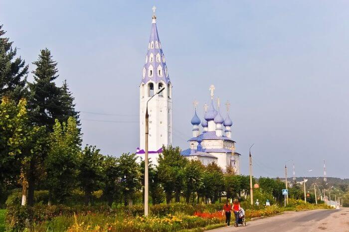 krestovozdvizhenskaya-cerkov-700x466