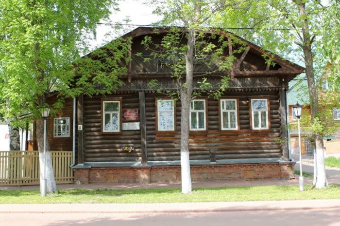 muzej-andreya-tarkovskogo-700x464