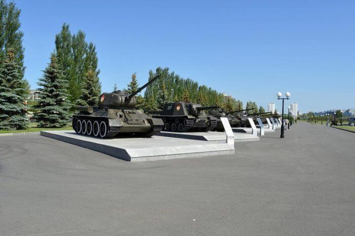 park-pobedy-v-kazani-700x466