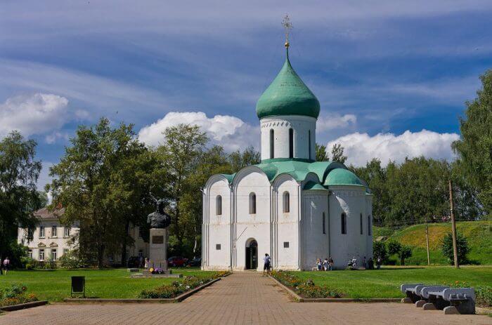 pereslavskij-kreml-700x463