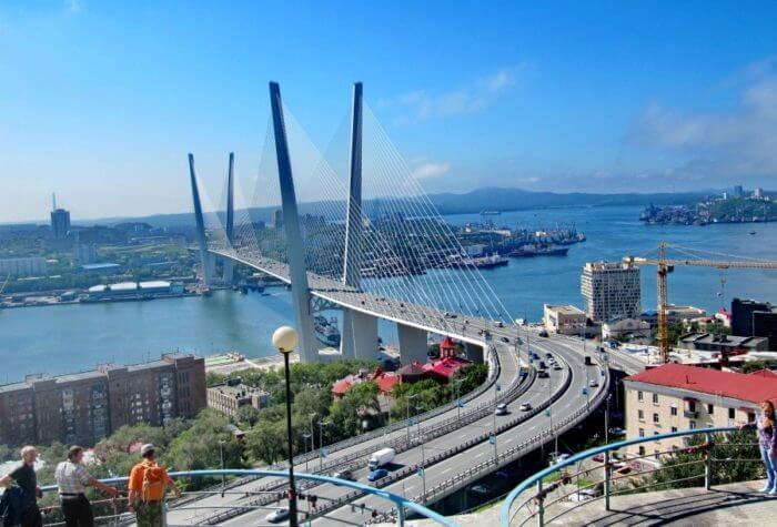 vantovye-mosty-vladivostoka-700x475