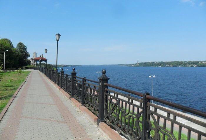 volzhskij-bulvar-v-kineshme-700x475