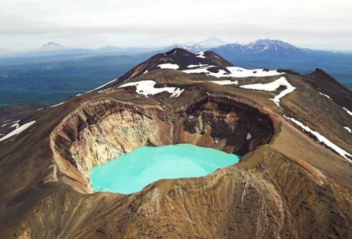 vulkan-malyj-semyachik-700x475