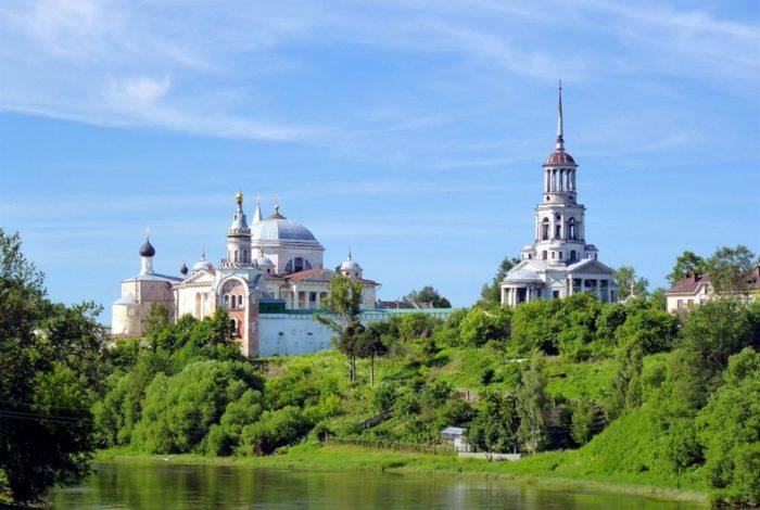 borisoglebskij-monastyr-v-torzhke-700x470