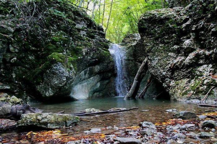 cheremisovskie-vodopady-700x464