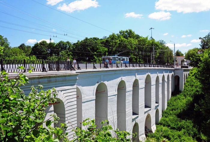 kamennyj-most-700x475
