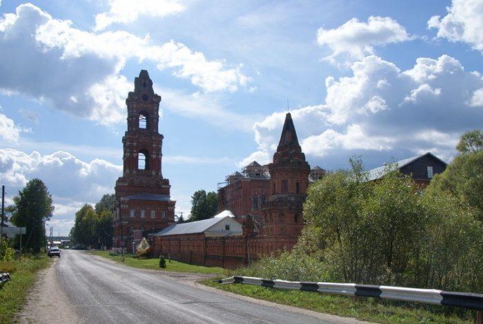 kolychevskij-kazanskij-monastyr-700x470