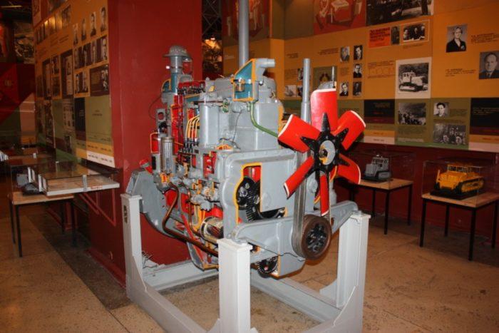 muzej-chelyabinskogo-traktornogo-zavoda-700x467
