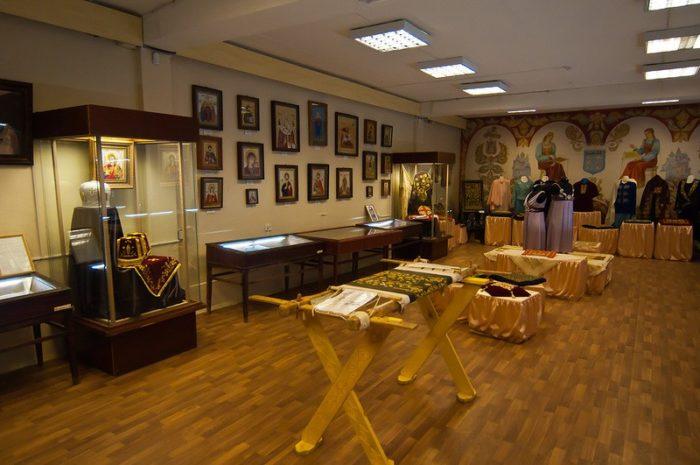 muzej-i-fabrika-torzhokskie-zolotoshvei-700x465