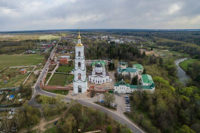 nikolo-berlyukovskaya-pustyn-700x468