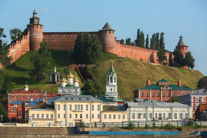 nizhegorodskij-kreml-700x469