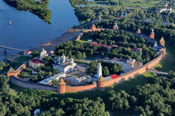 novgorodskij-kreml-700x465