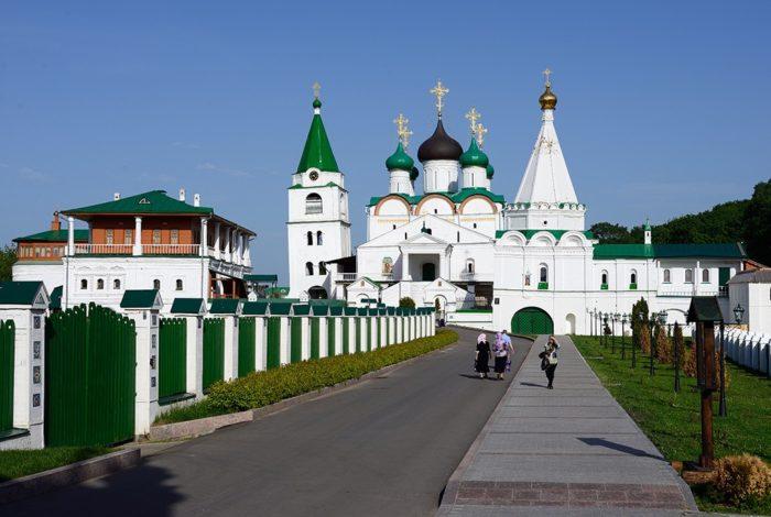 pecherskij-voznesenskij-monastyr-700x470