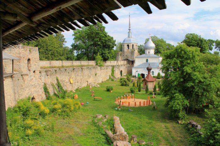 porhovskaya-krepost-1-700x465
