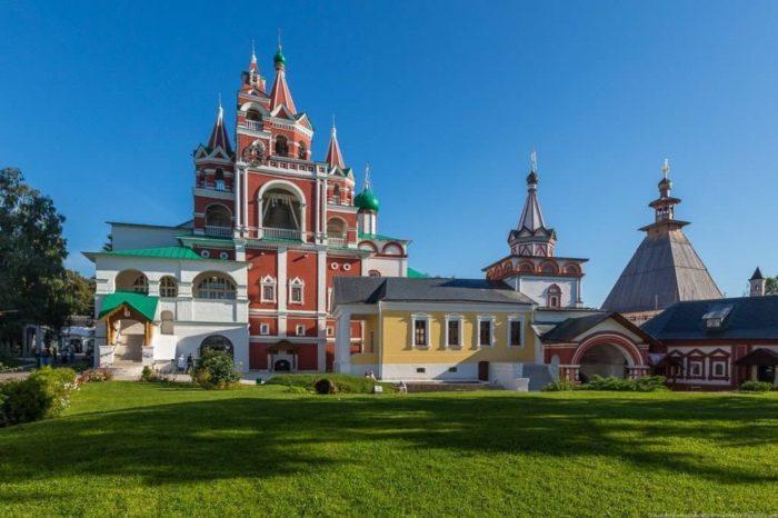 savvino-storozhevskij-monastyr-1-700x466