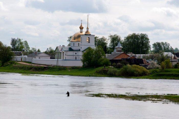 spaso-kazanskij-simanskij-monastyr-700x465