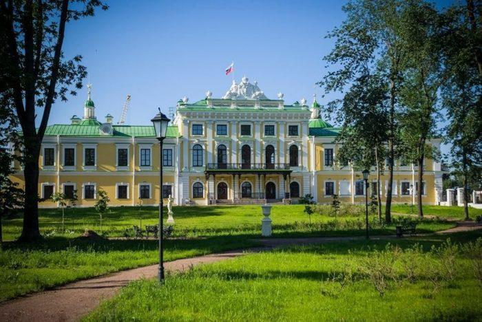 tverskoj-imperatorskij-putevoj-dvorec-700x468