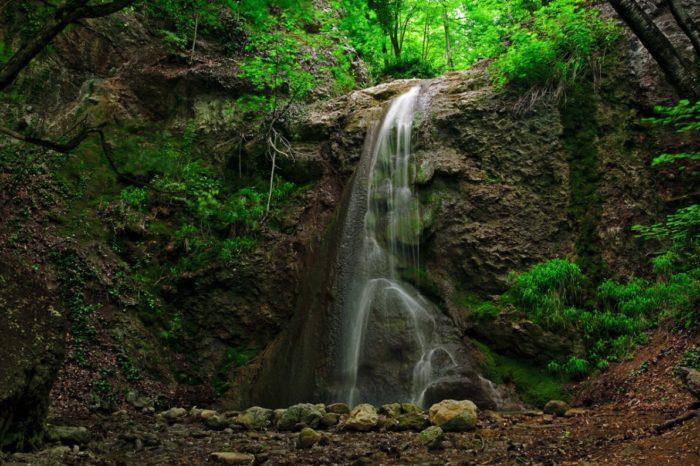 uskutskie-vodopady-700x466