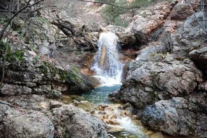 vodopad-bosa-700x468