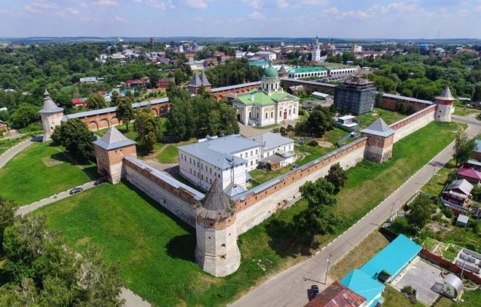 zarajskij-kreml-700x448