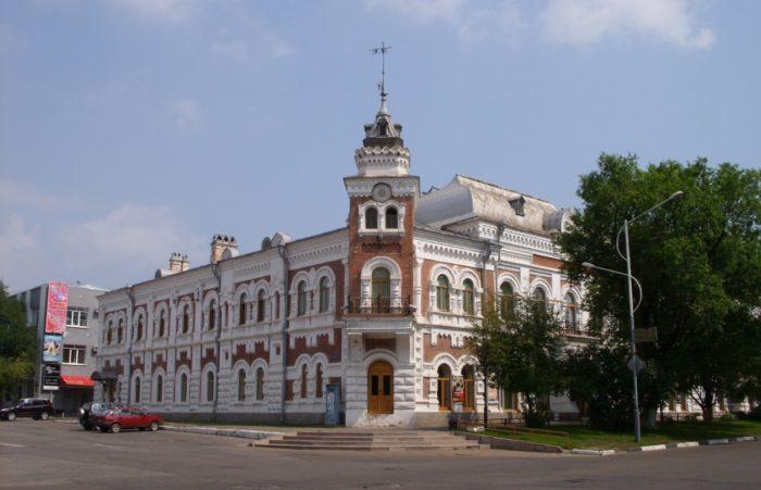 amurskij-oblastnoj-kraevedcheskij-muzej-700x451