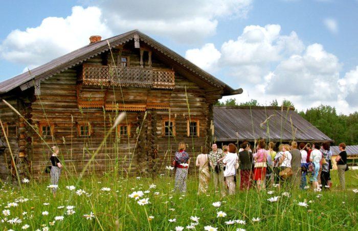 arhitekturno-ehtnograficheskij-muzej-700x453