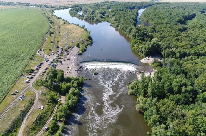 balakovskij-vodopad-700x463
