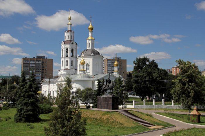 bogoyavlenskij-sobor-700x466