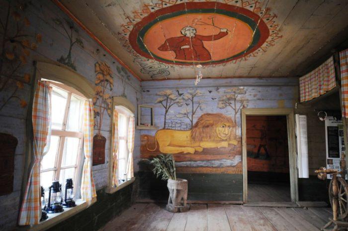 dom-so-lvom-v-popovke-700x464